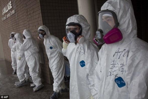 Хүчинд автагсад: Якуза нар орон гэргүй хүмүүсийг Фукушимагийн АЦС-ыг цэвэрлэх ажилд хүчээр явуулдаг гэжээ